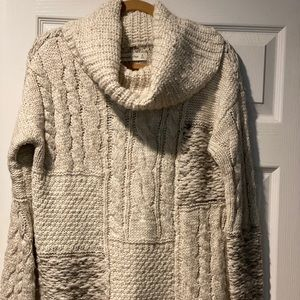 Abercrombie & Fitch heavy sweater